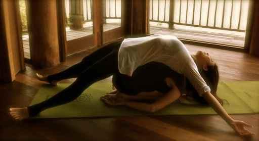 partner yoga10