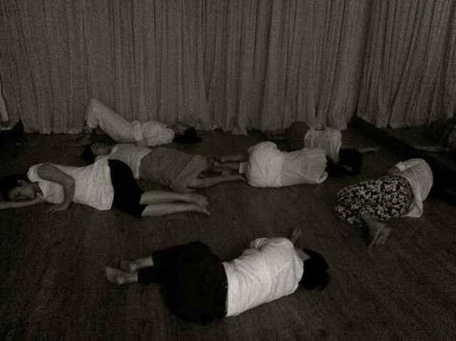 reiki group dancin3