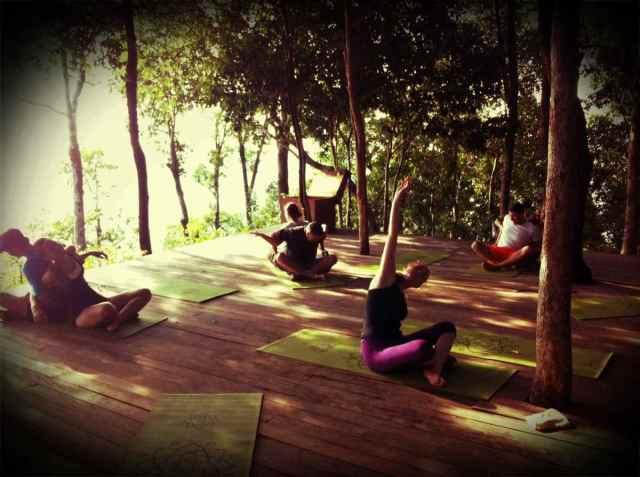 partner yoga@Y Platform3