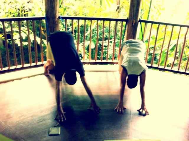 Roman+Tanja-yoga therapy
