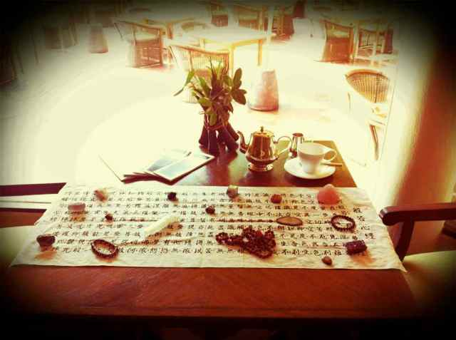 afternoon tea+crystals