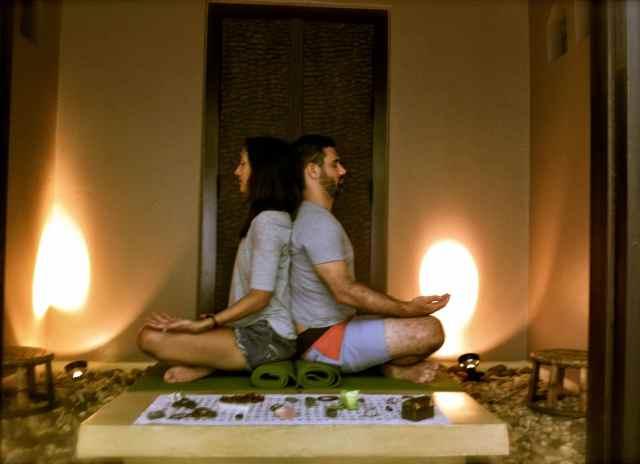 Jess+Mike Todd meditatin3