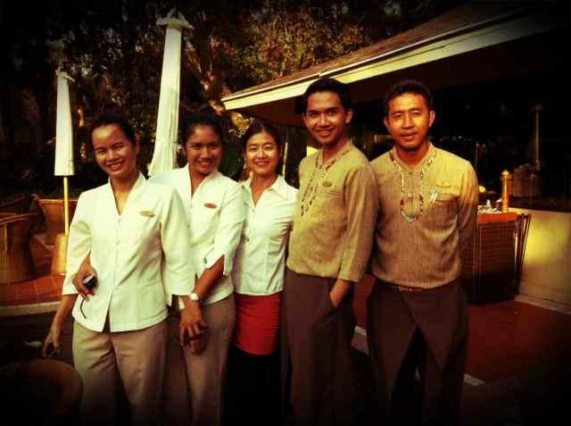 Jo+staff@Raya Dining