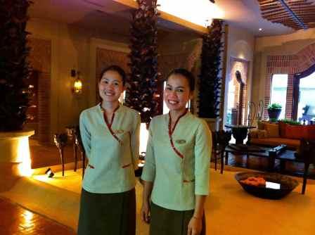 Khun Goi+Fan@spa reception