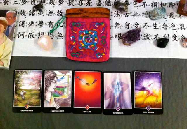 crystals+cards@reiki2 Apr2