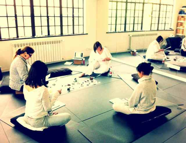 Reiki1-Apr14-sitting