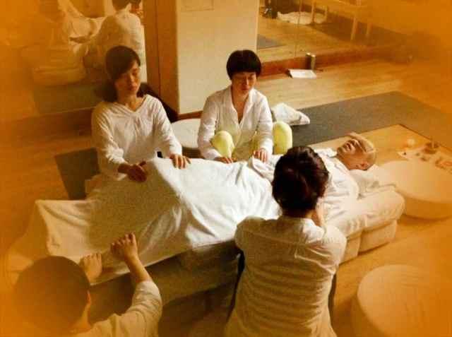 Reiki2@CQ-group healing14