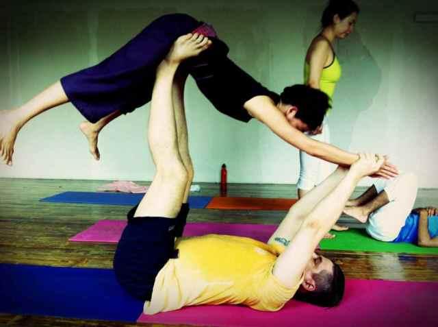 Partner Yoga@YG-8:24-10