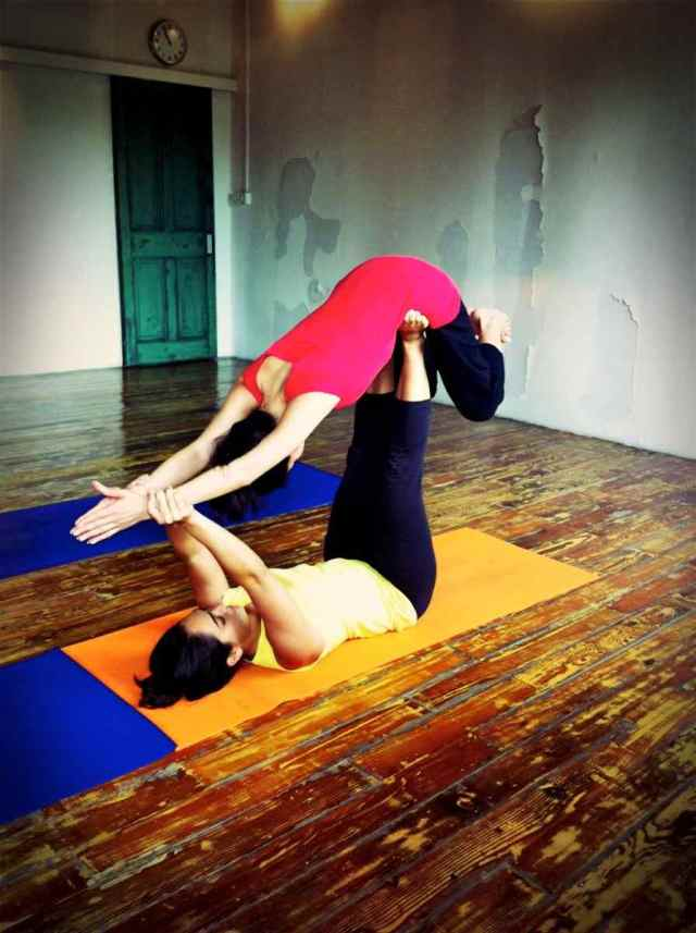 Partner Yoga@YG-8:9-14