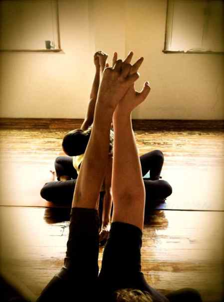 Partner Yoga@YG-8:9-20