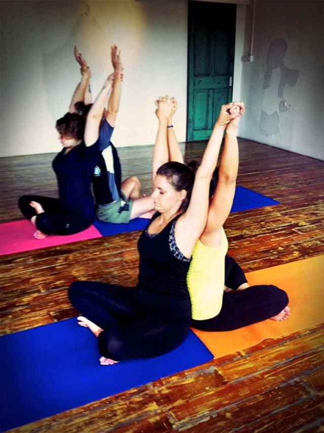 Partner Yoga@YG-8:9-24