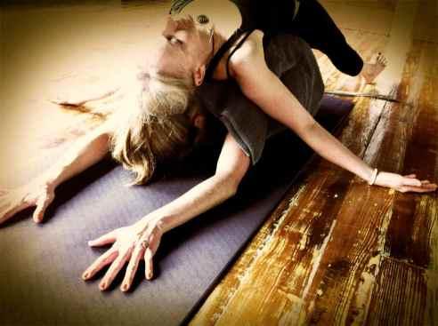 Partner Yoga@YG-9:7-6
