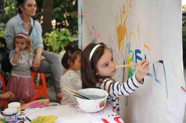 child painting2