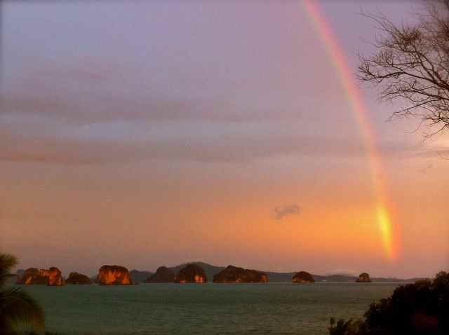 rocks&rainbow2
