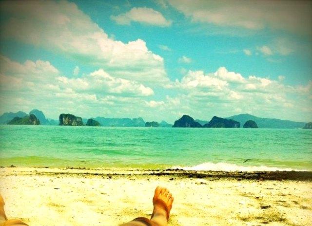 tanning@beach