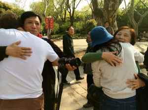 Hug event-16