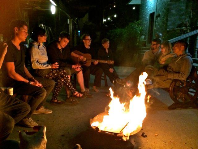 Moganshan-oct2015-bonfire2