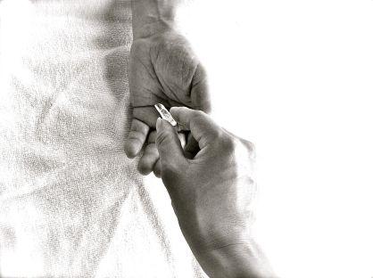 Healing hands+crystal