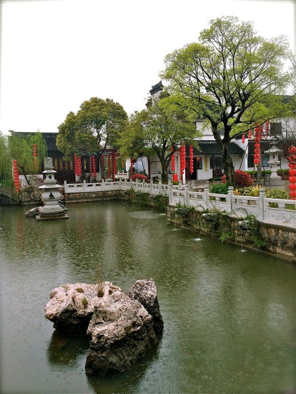 Suzhou retreat-temple3