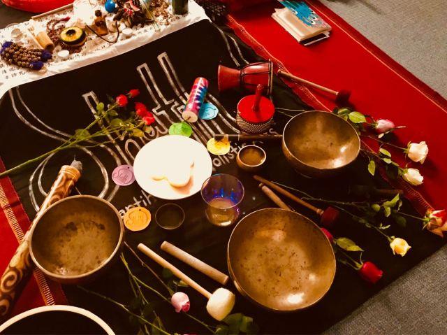 SSJ-Dec 2010-instruments.jpg